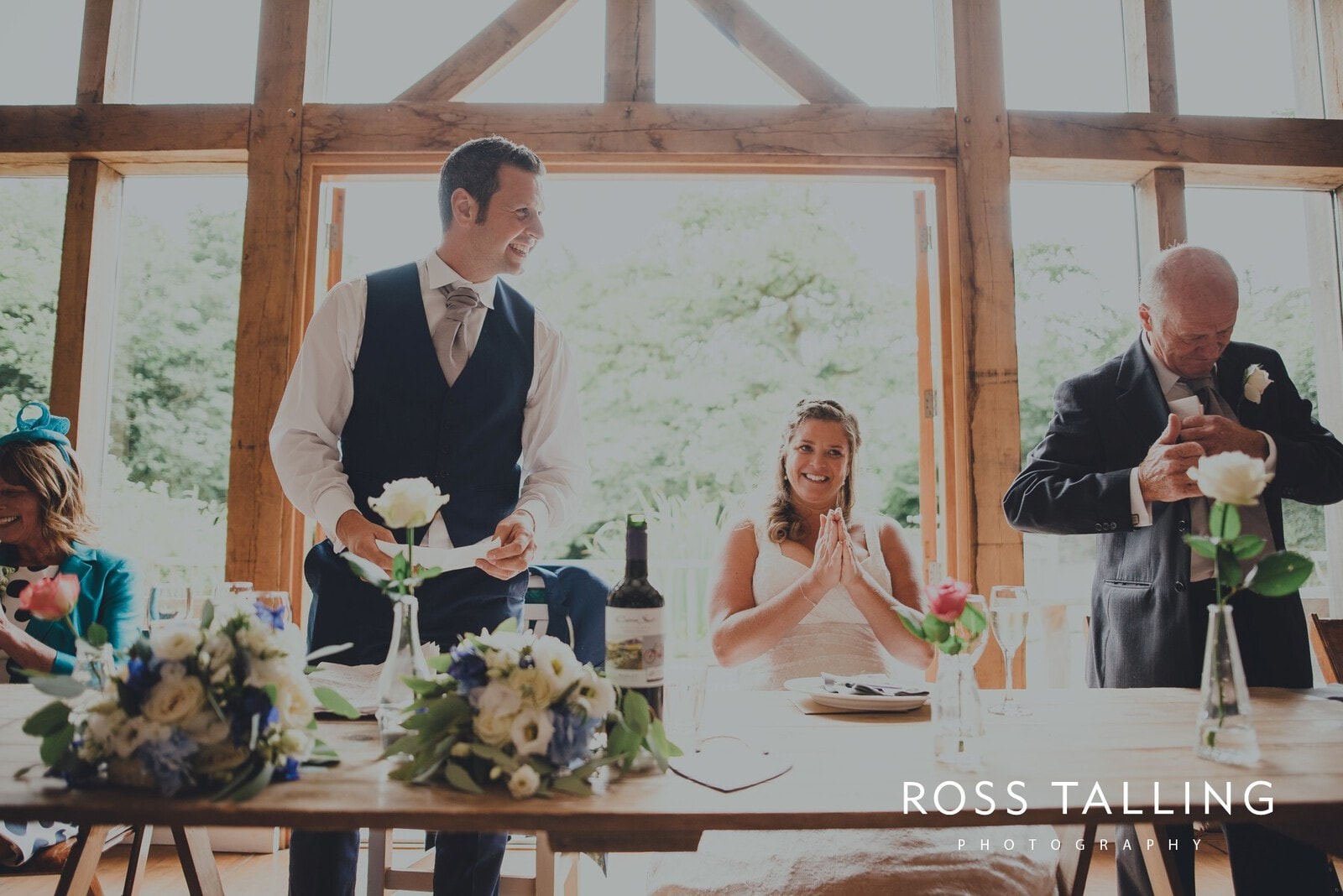 nigel-lauras-nancarrow-farm-wedding-photography_0115