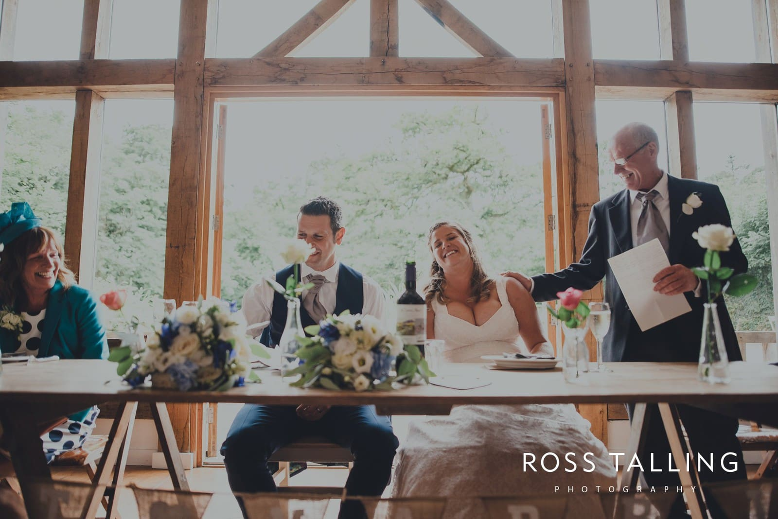 nigel-lauras-nancarrow-farm-wedding-photography_0110