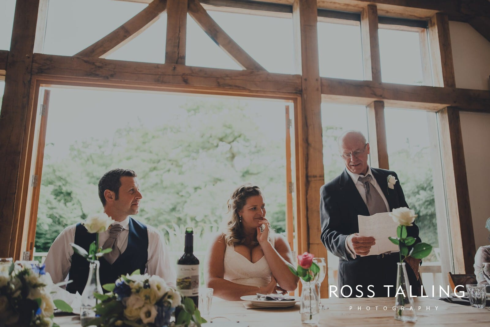 nigel-lauras-nancarrow-farm-wedding-photography_0109