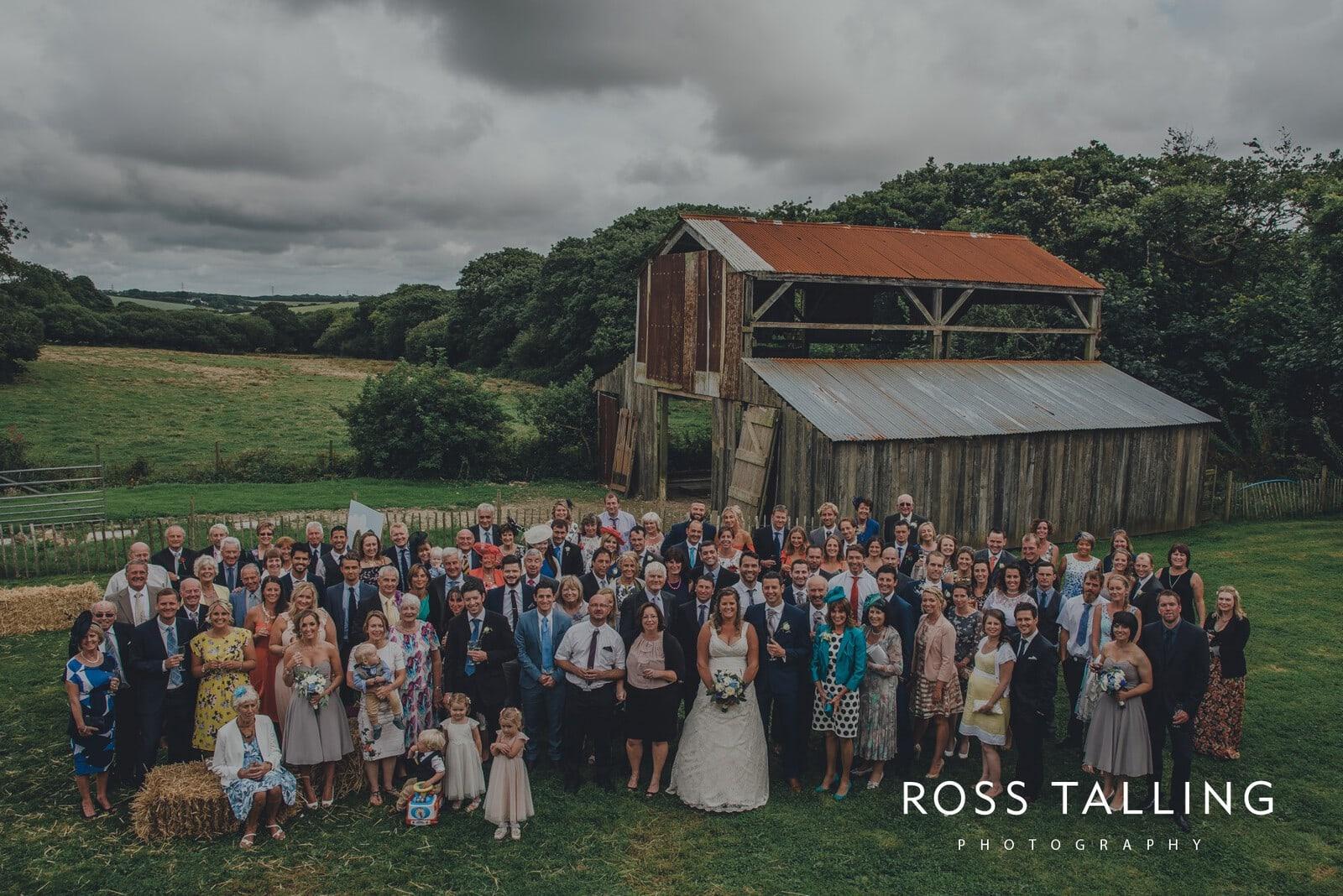 nigel-lauras-nancarrow-farm-wedding-photography_0099