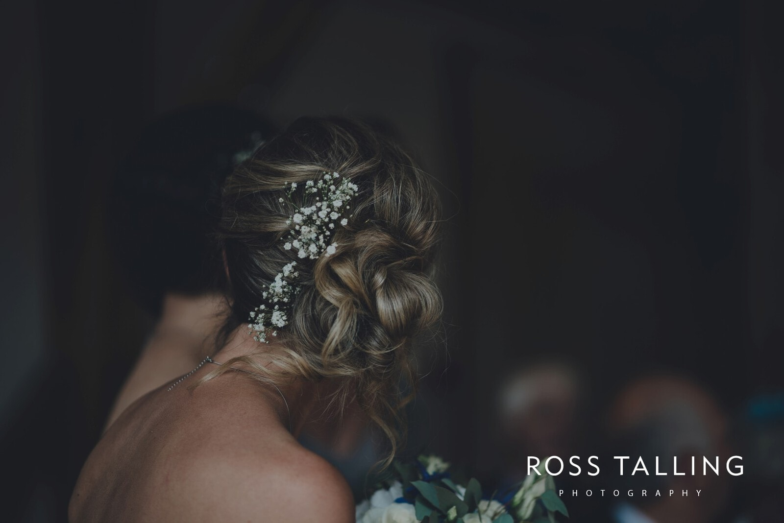 nigel-lauras-nancarrow-farm-wedding-photography_0054