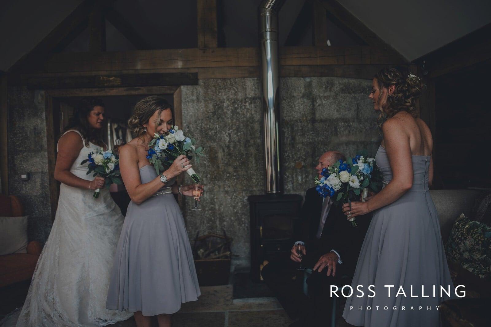 nigel-lauras-nancarrow-farm-wedding-photography_0030