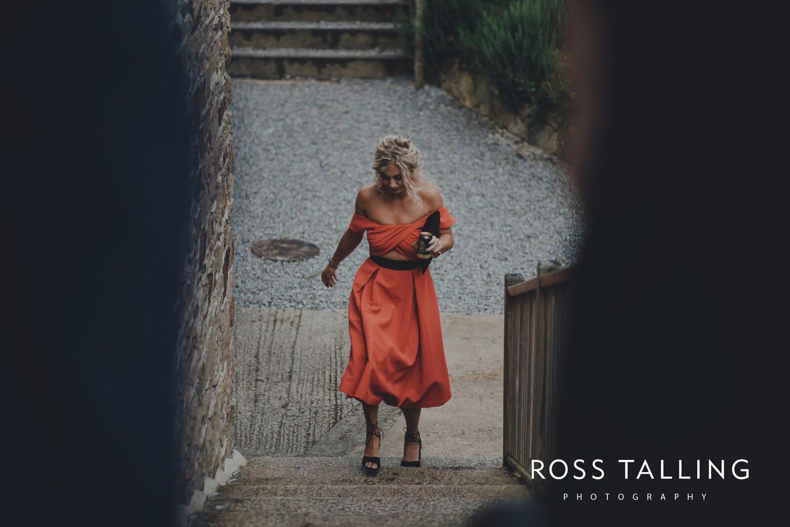 nigel-lauras-nancarrow-farm-wedding-photography_0012