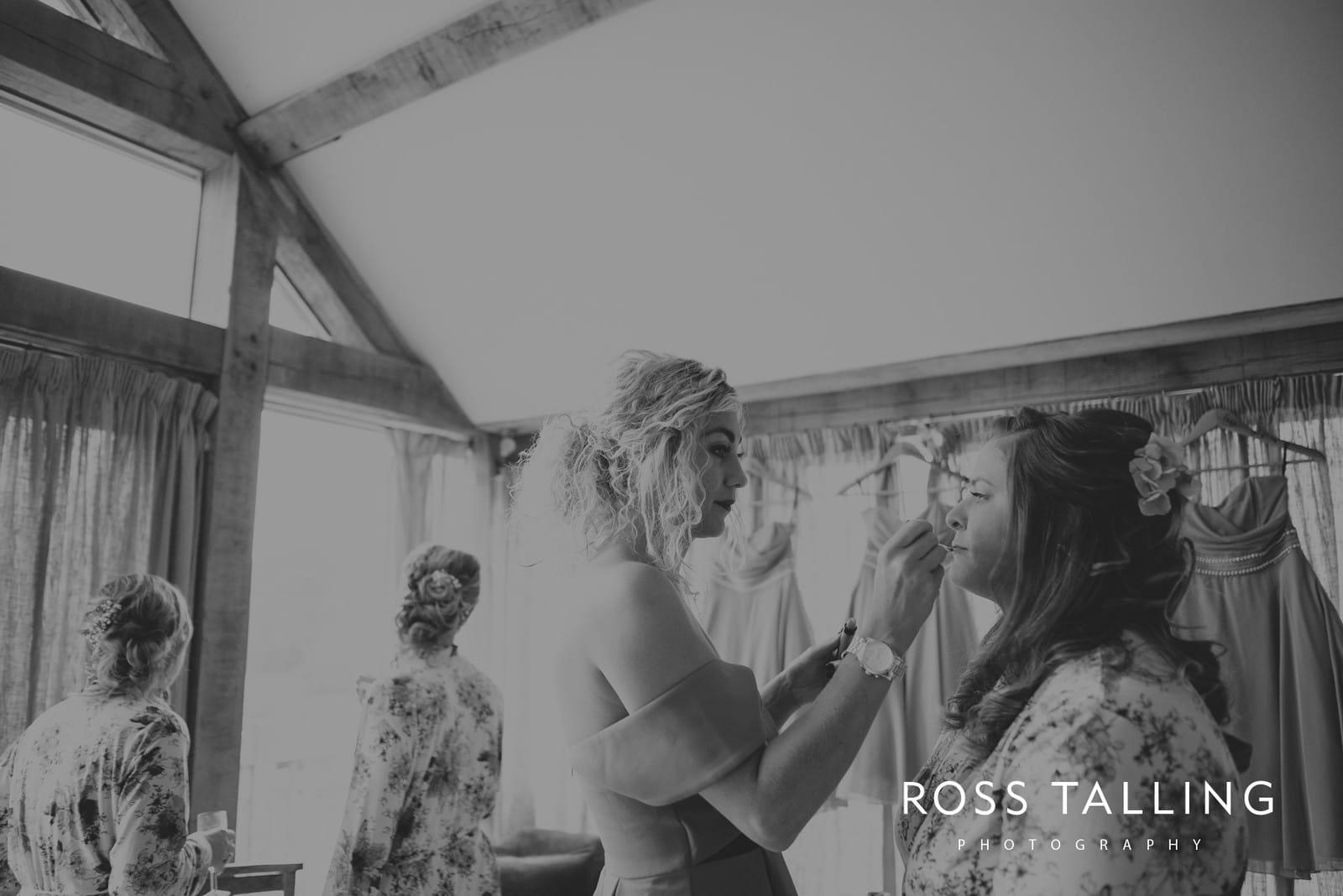 nigel-lauras-nancarrow-farm-wedding-photography_0006