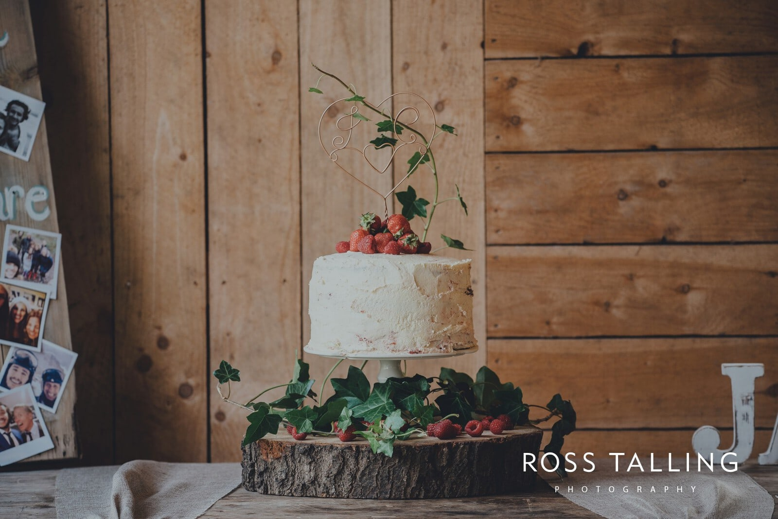 jack-caros-nancarrow-farm-wedding-photography_0145