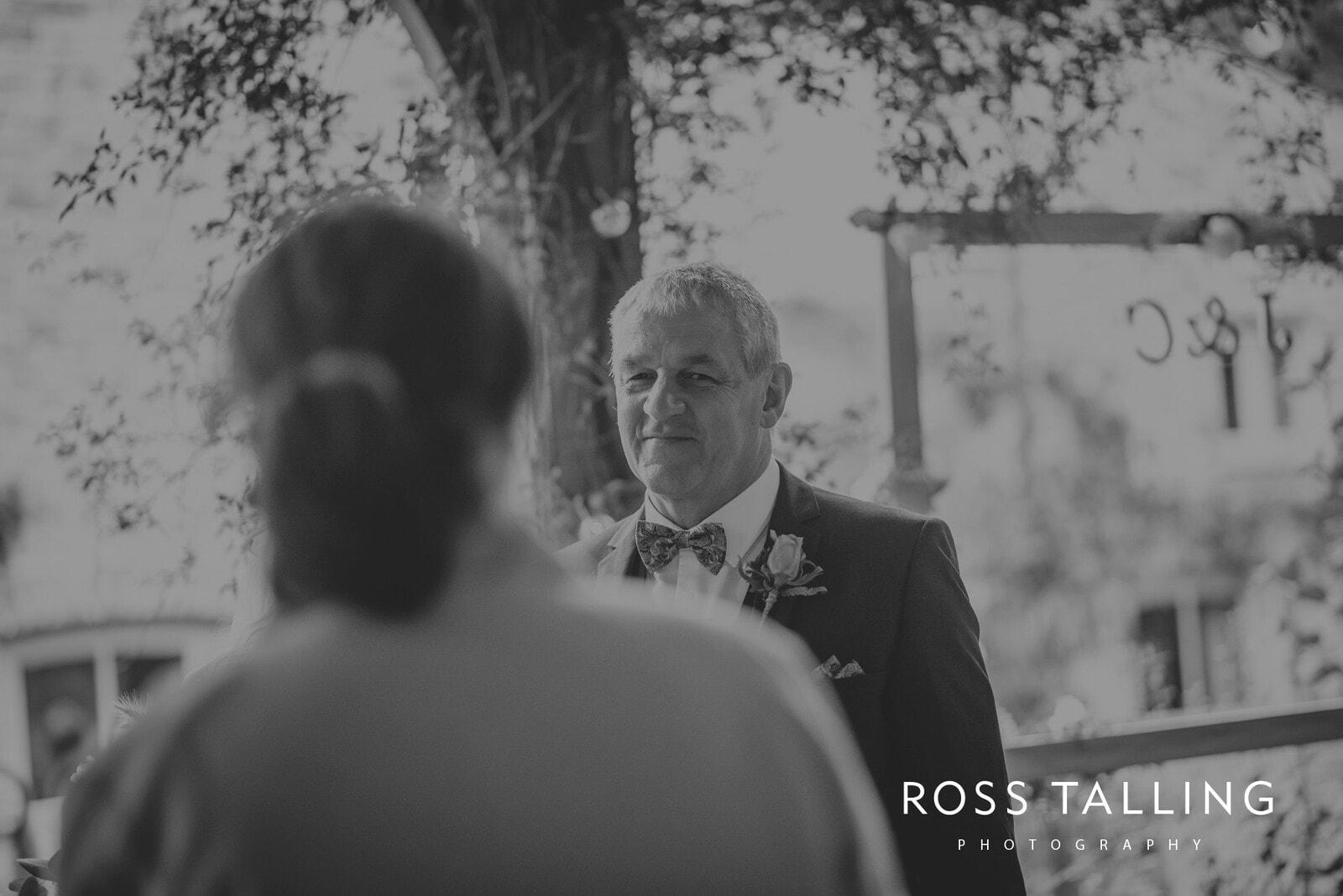 jack-caros-nancarrow-farm-wedding-photography_0103