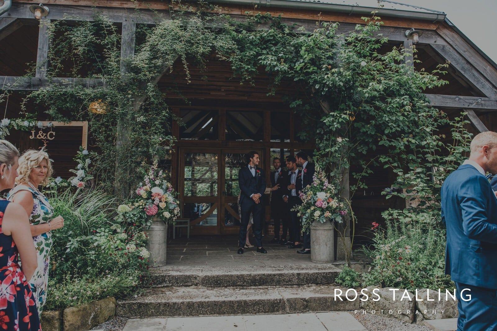 jack-caros-nancarrow-farm-wedding-photography_0088
