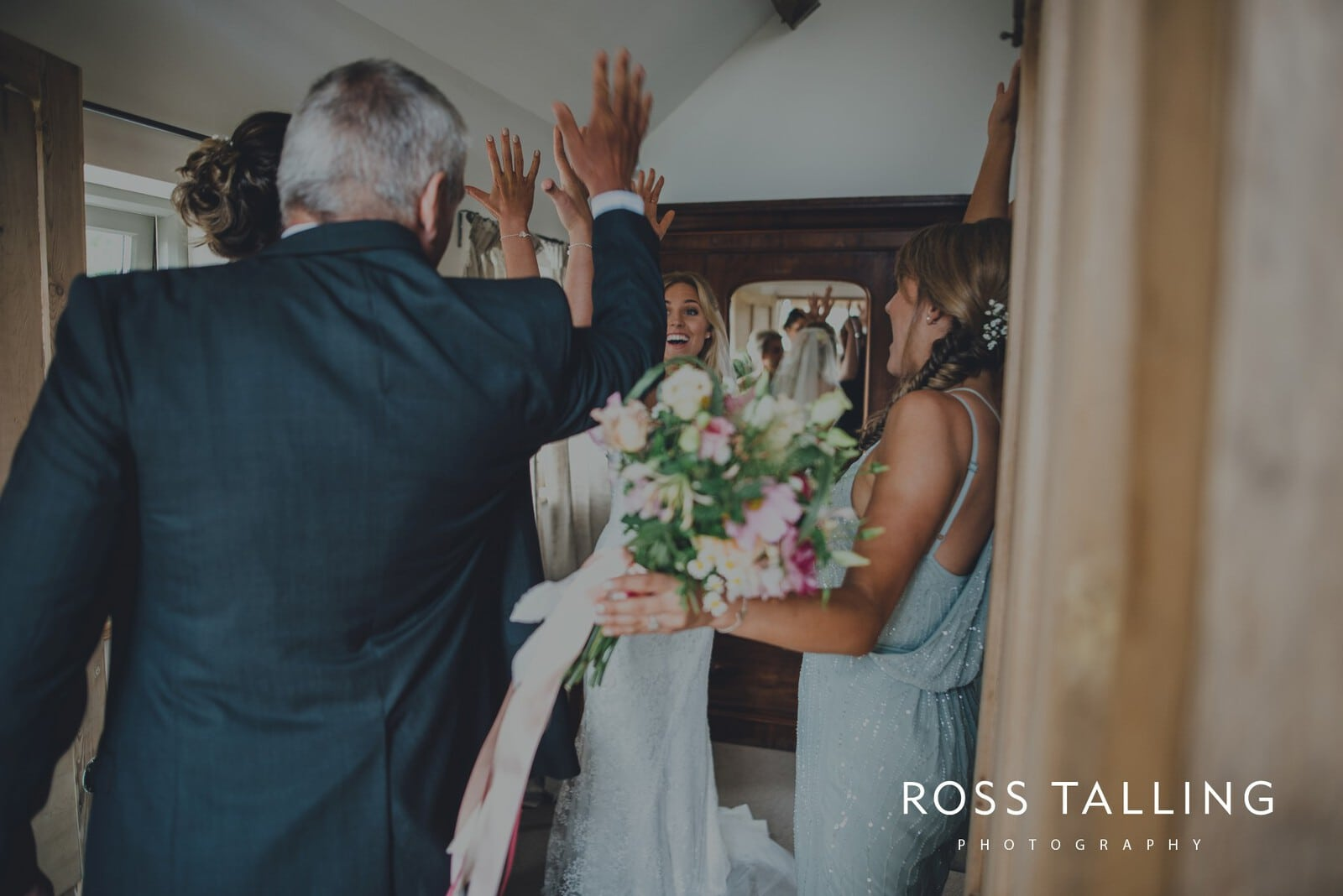 jack-caros-nancarrow-farm-wedding-photography_0084