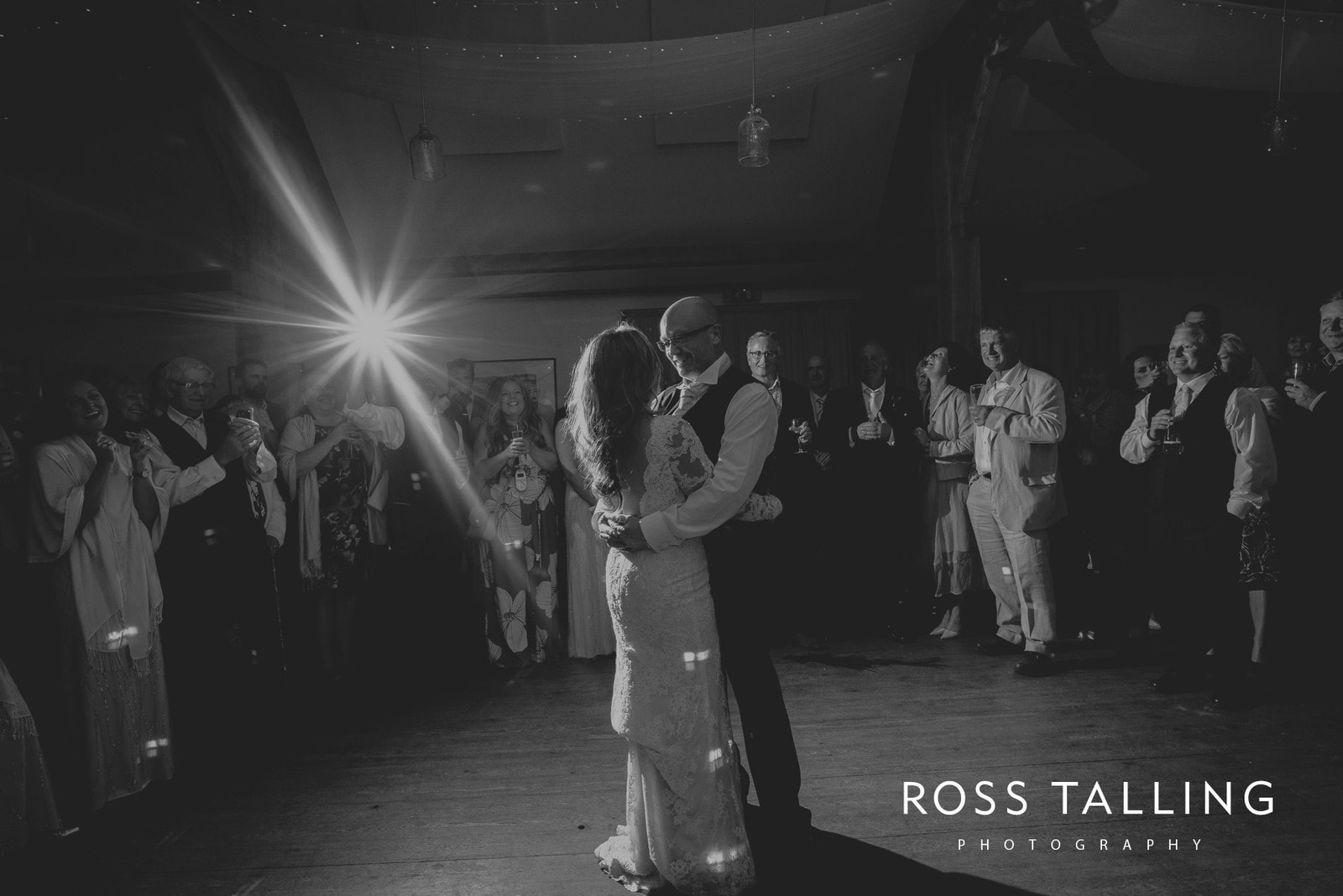 freya-jamies-nancarrow-farm-wedding-photography-cornwall_0210