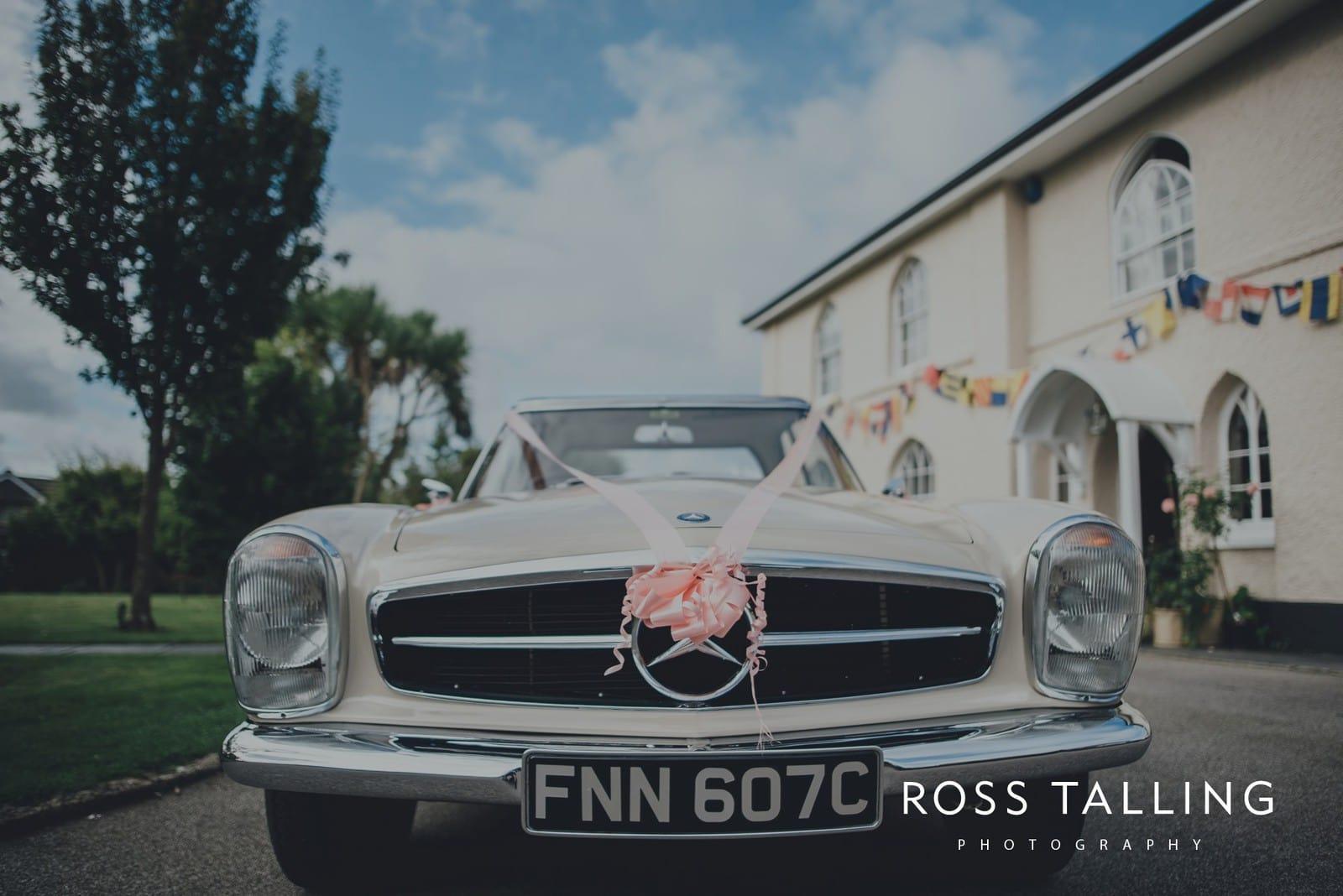 freya-jamies-nancarrow-farm-wedding-photography-cornwall_0010