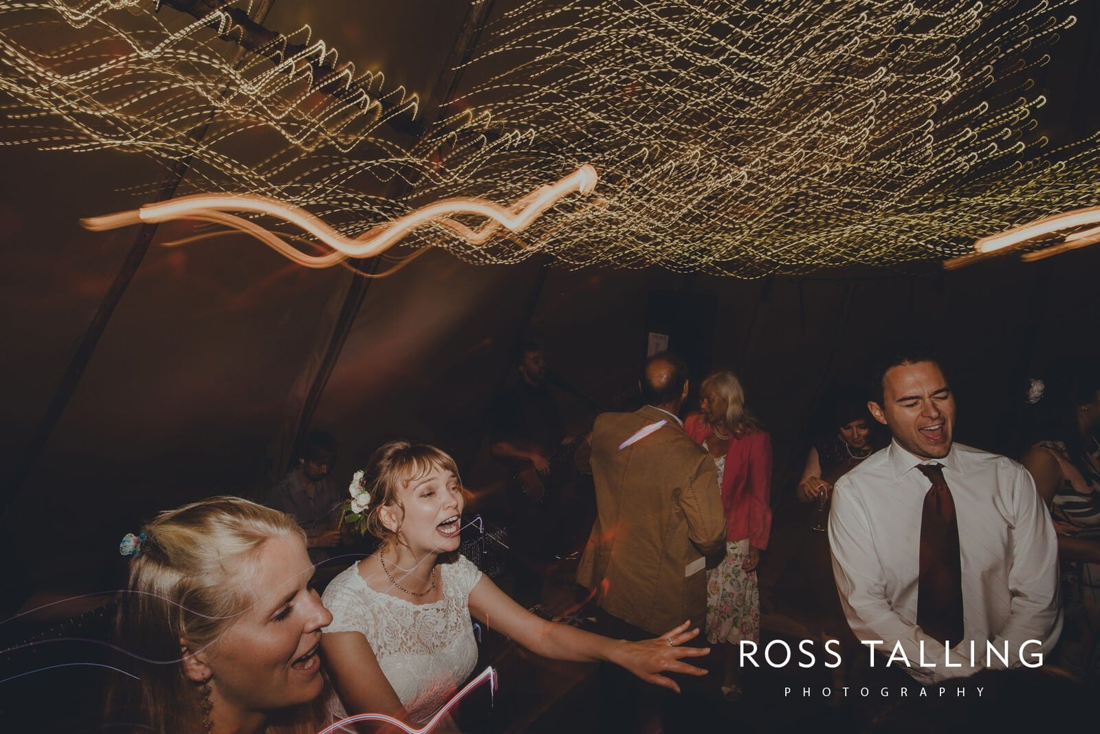 laura-matts-rosevine-hotel-wedding-photography-cornwall_0231