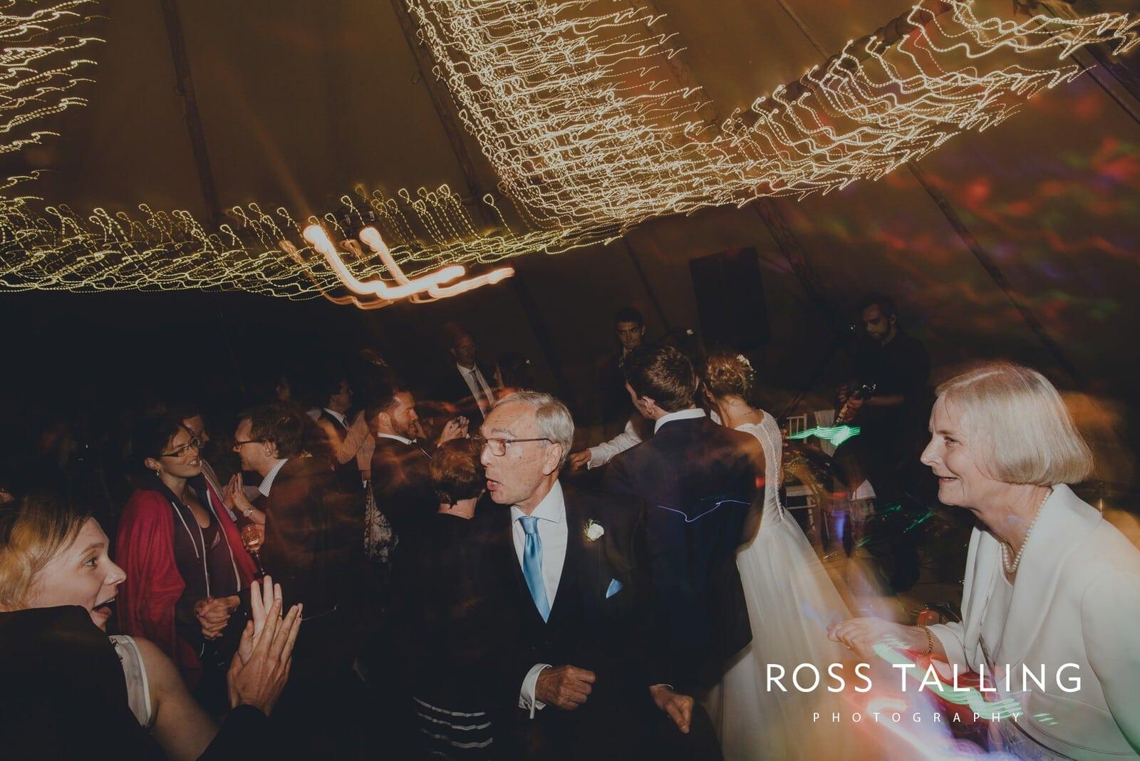 laura-matts-rosevine-hotel-wedding-photography-cornwall_0219