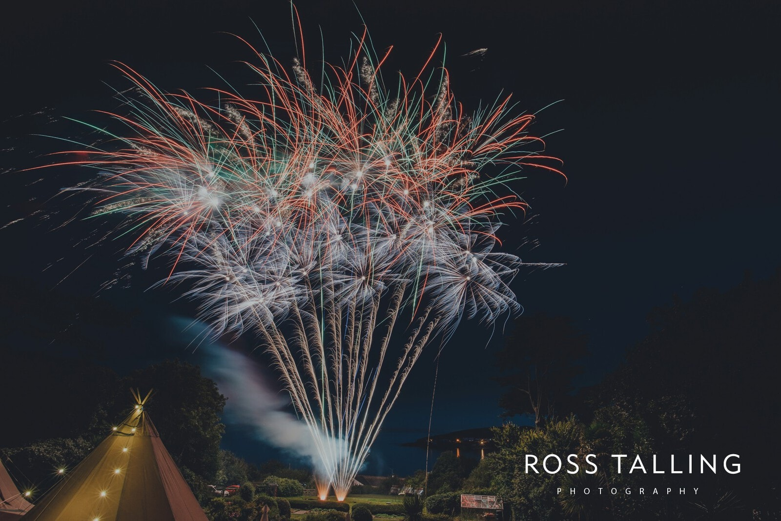laura-matts-rosevine-hotel-wedding-photography-cornwall_0207