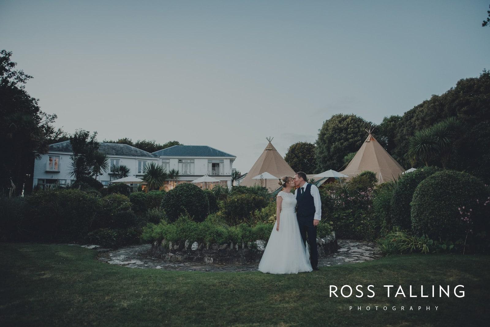 laura-matts-rosevine-hotel-wedding-photography-cornwall_0199