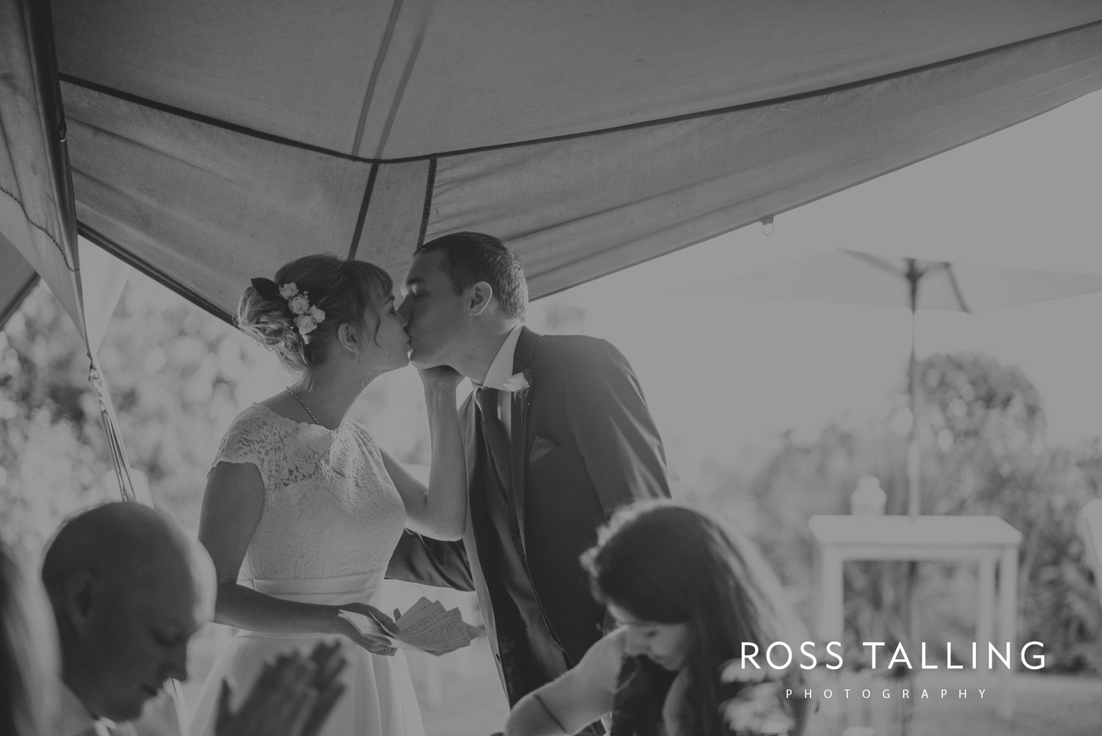 laura-matts-rosevine-hotel-wedding-photography-cornwall_0172