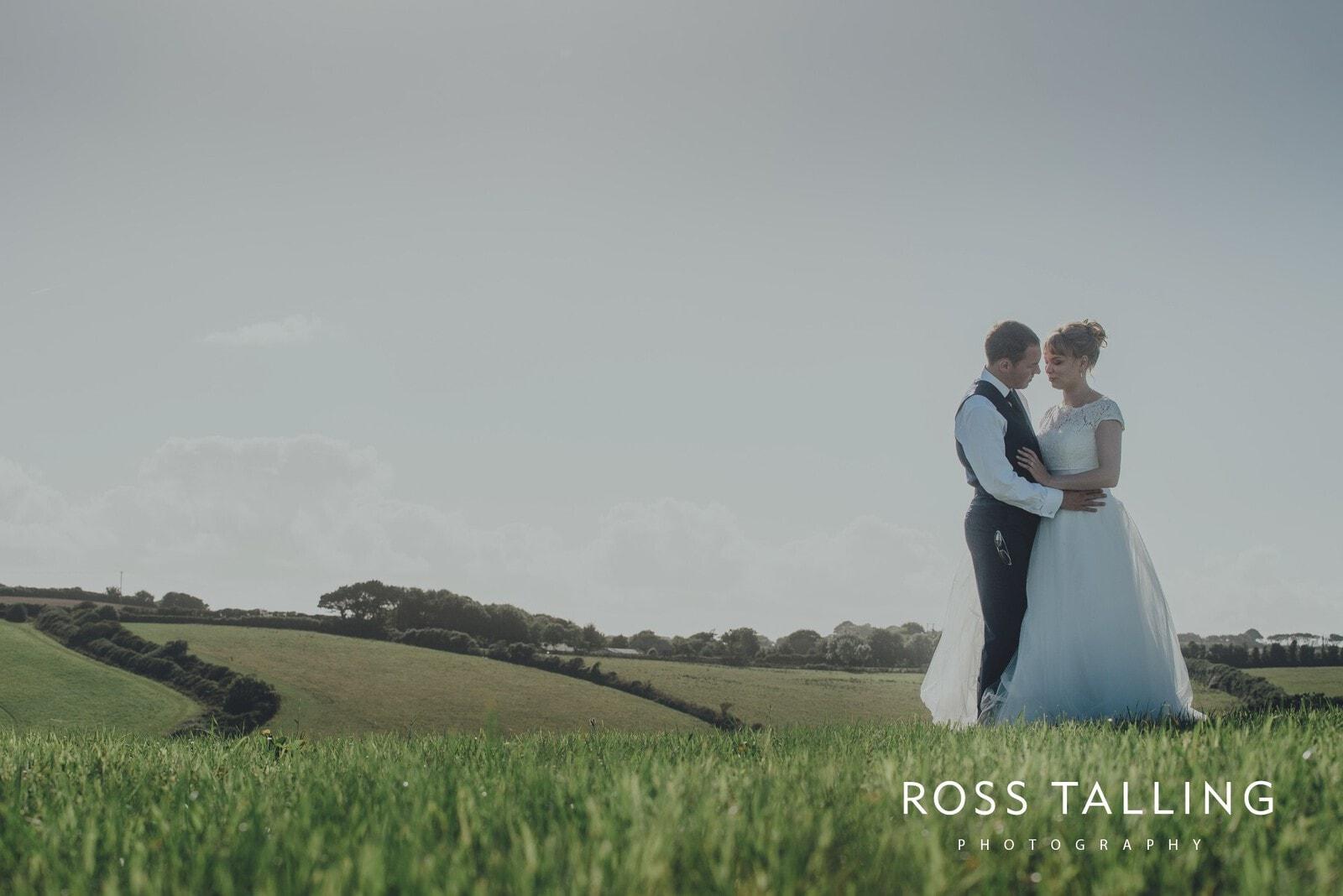 laura-matts-rosevine-hotel-wedding-photography-cornwall_0142
