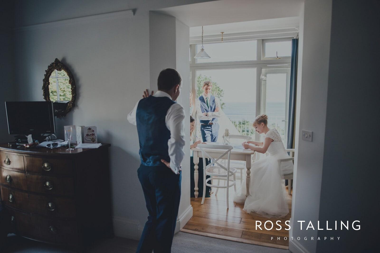 laura-matts-rosevine-hotel-wedding-photography-cornwall_0126
