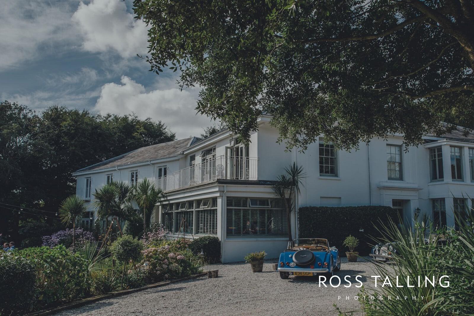 laura-matts-rosevine-hotel-wedding-photography-cornwall_0110