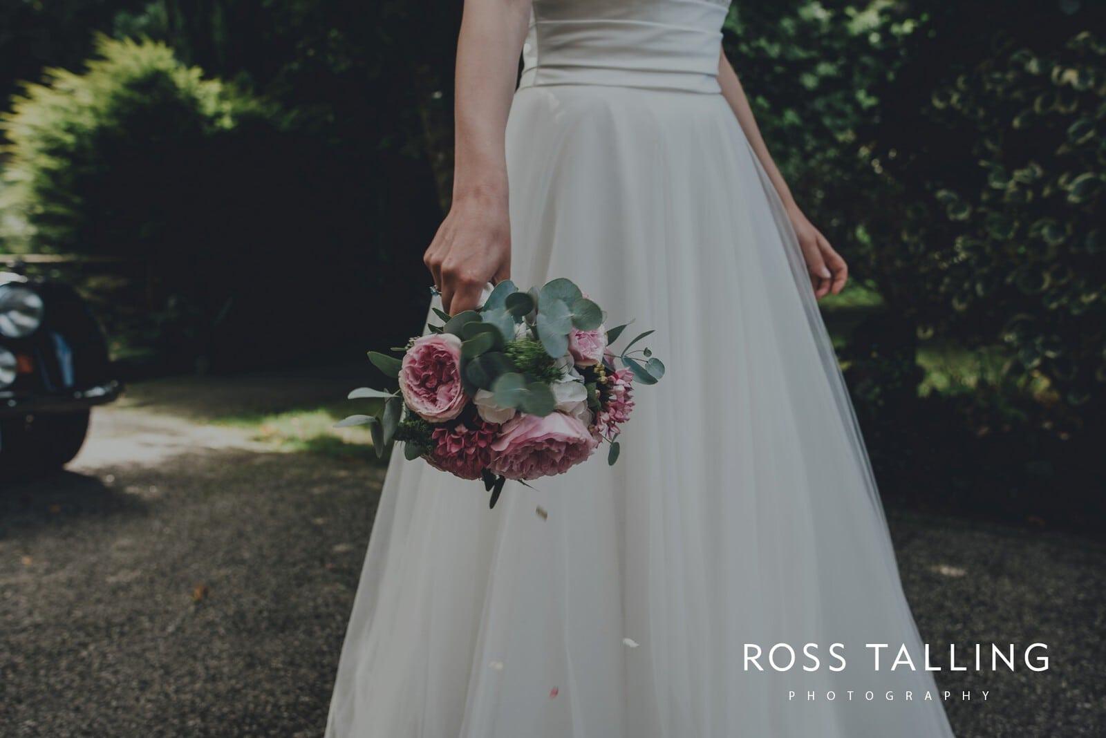laura-matts-rosevine-hotel-wedding-photography-cornwall_0094