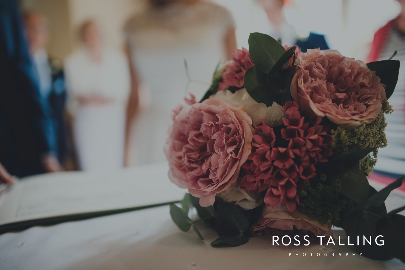 laura-matts-rosevine-hotel-wedding-photography-cornwall_0083
