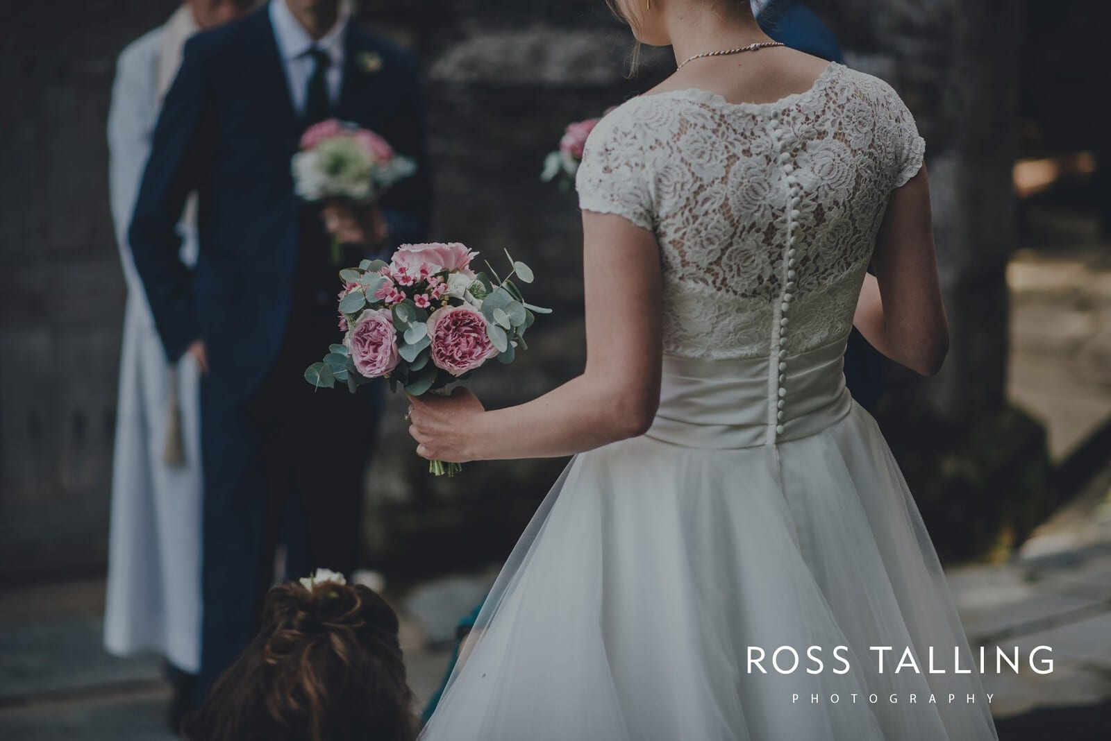 laura-matts-rosevine-hotel-wedding-photography-cornwall_0056