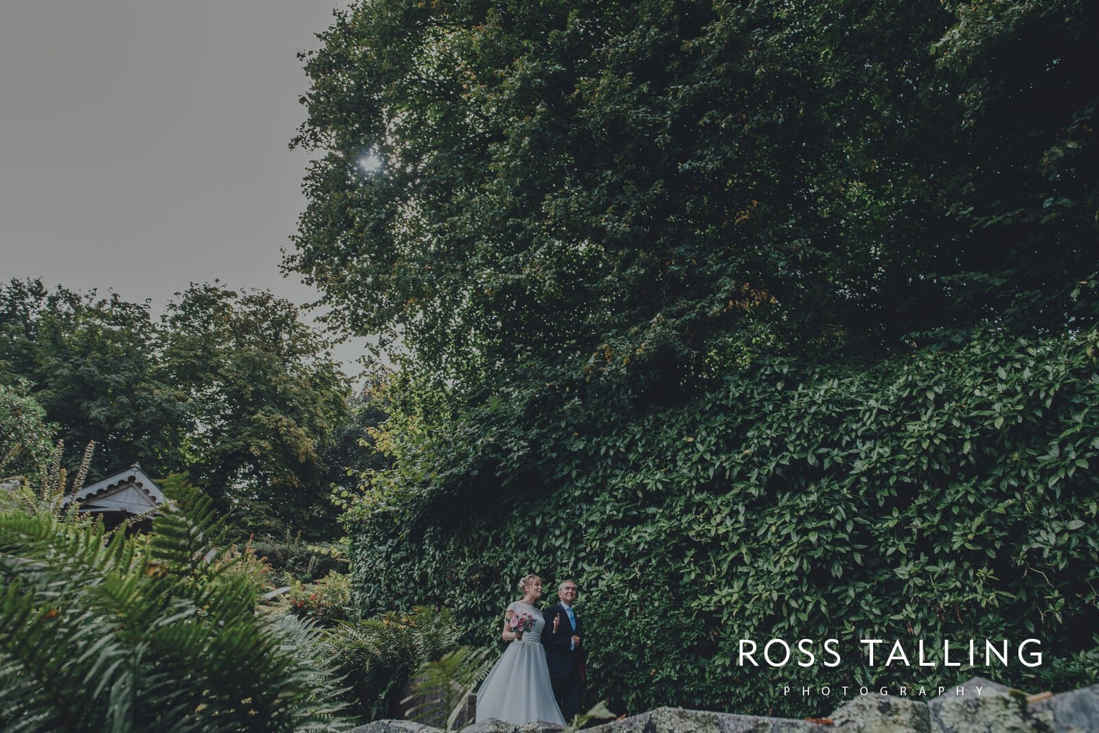 laura-matts-rosevine-hotel-wedding-photography-cornwall_0052