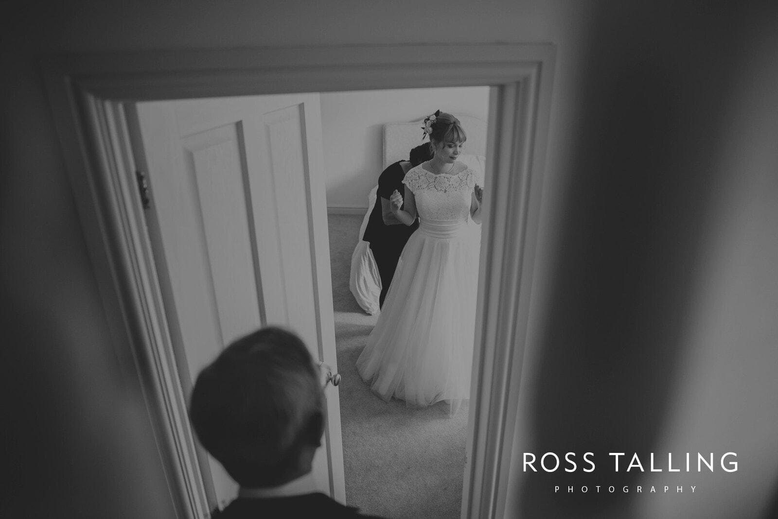 laura-matts-rosevine-hotel-wedding-photography-cornwall_0039