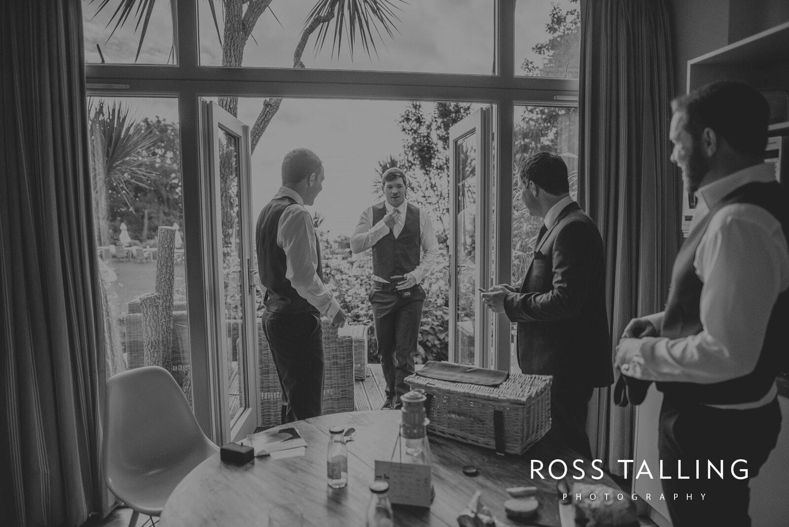 laura-matts-rosevine-hotel-wedding-photography-cornwall_0007