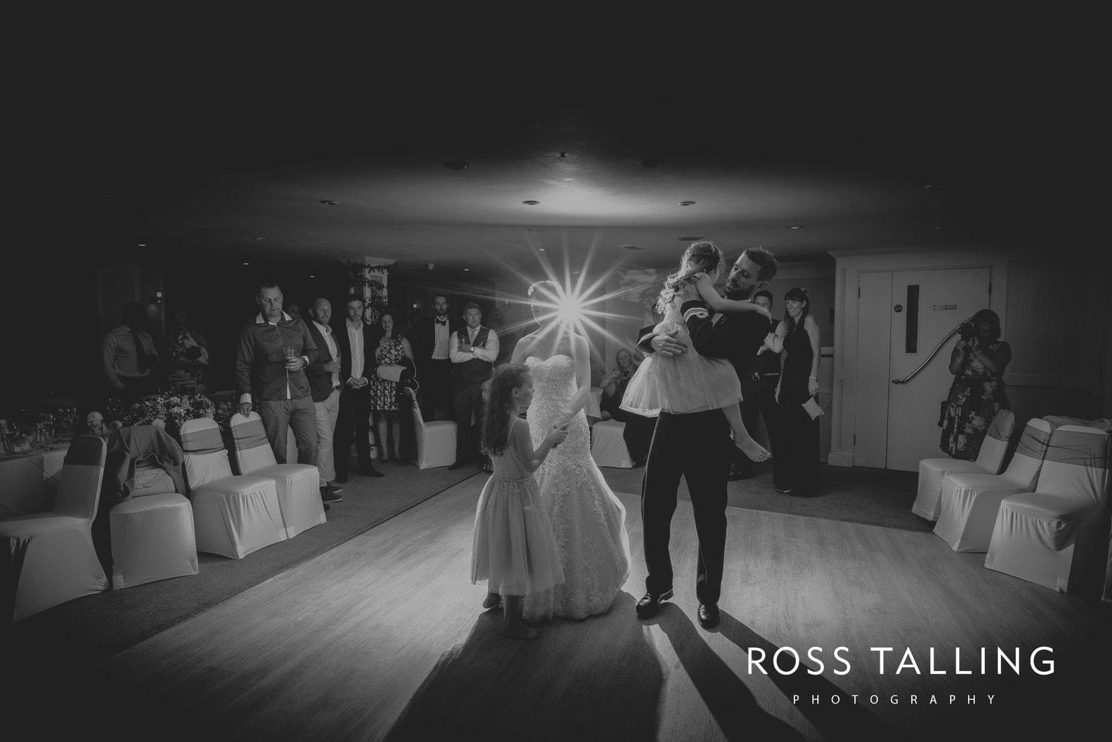 lorrie-gareths-wedding-photography-cornwall_0158