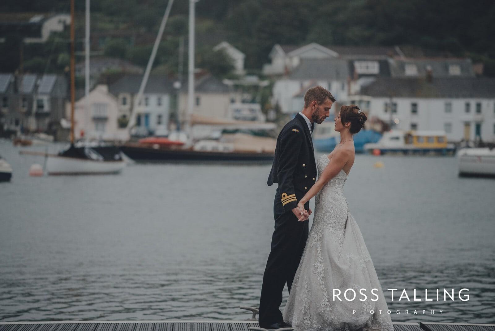 lorrie-gareths-wedding-photography-cornwall_0149
