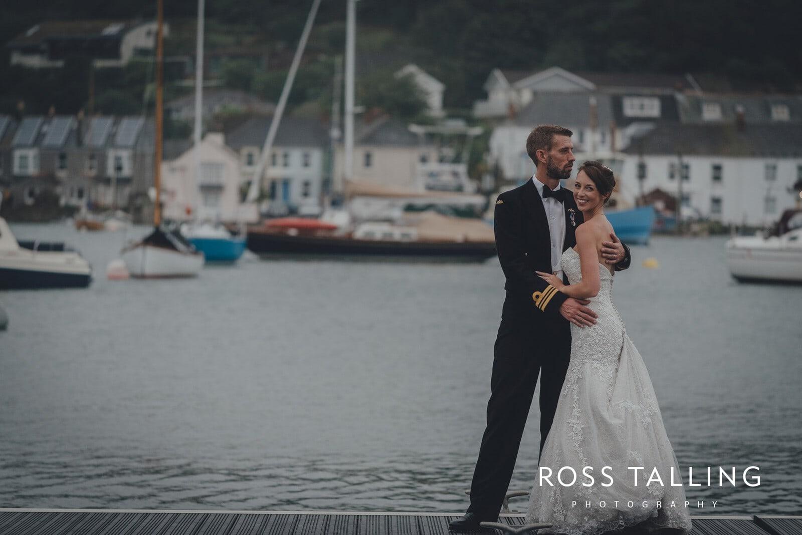 lorrie-gareths-wedding-photography-cornwall_0147