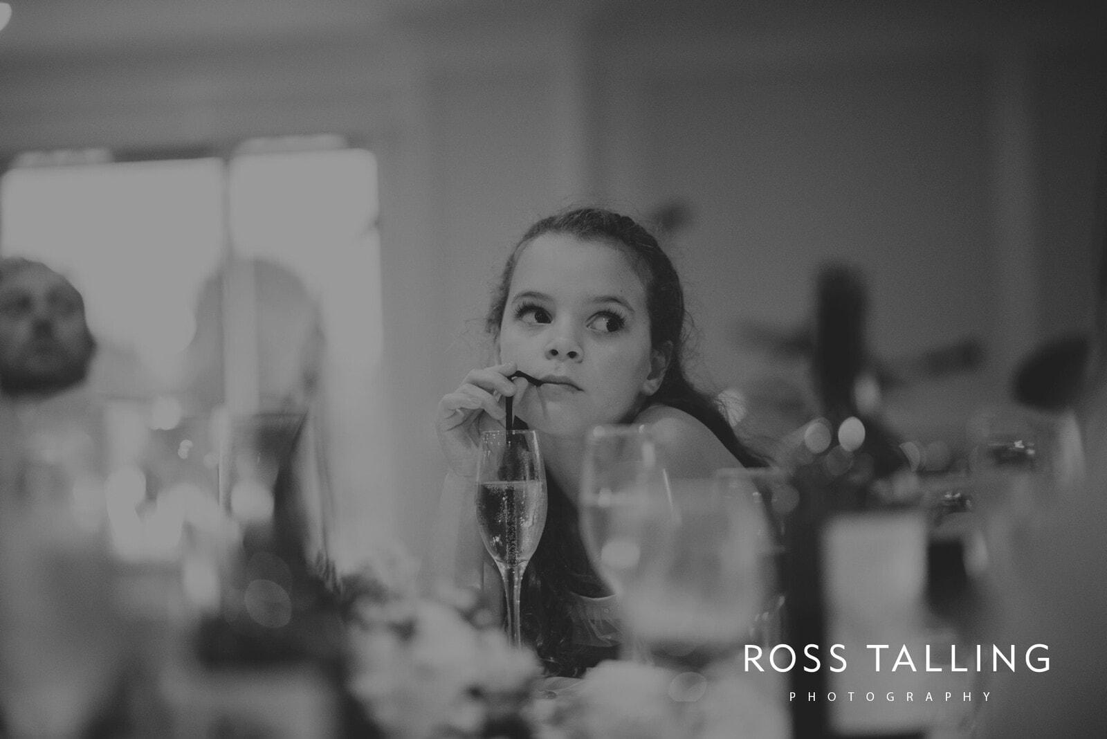 lorrie-gareths-wedding-photography-cornwall_0132