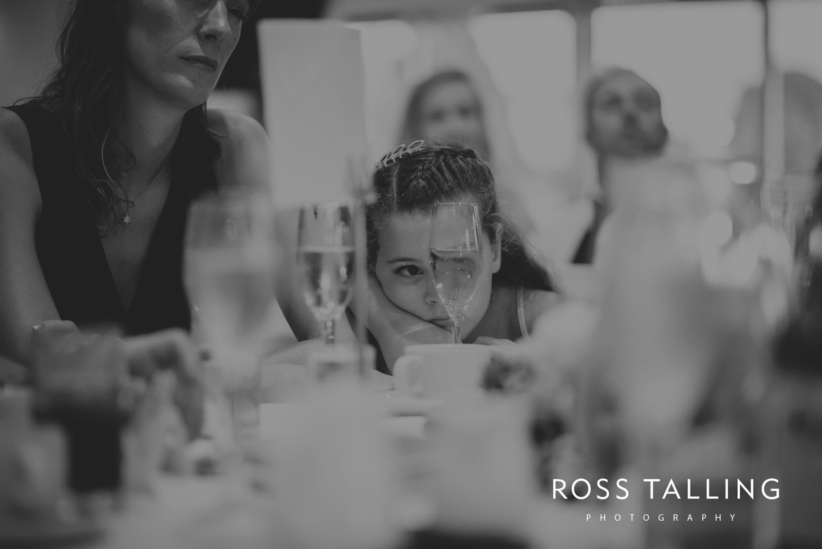 lorrie-gareths-wedding-photography-cornwall_0131
