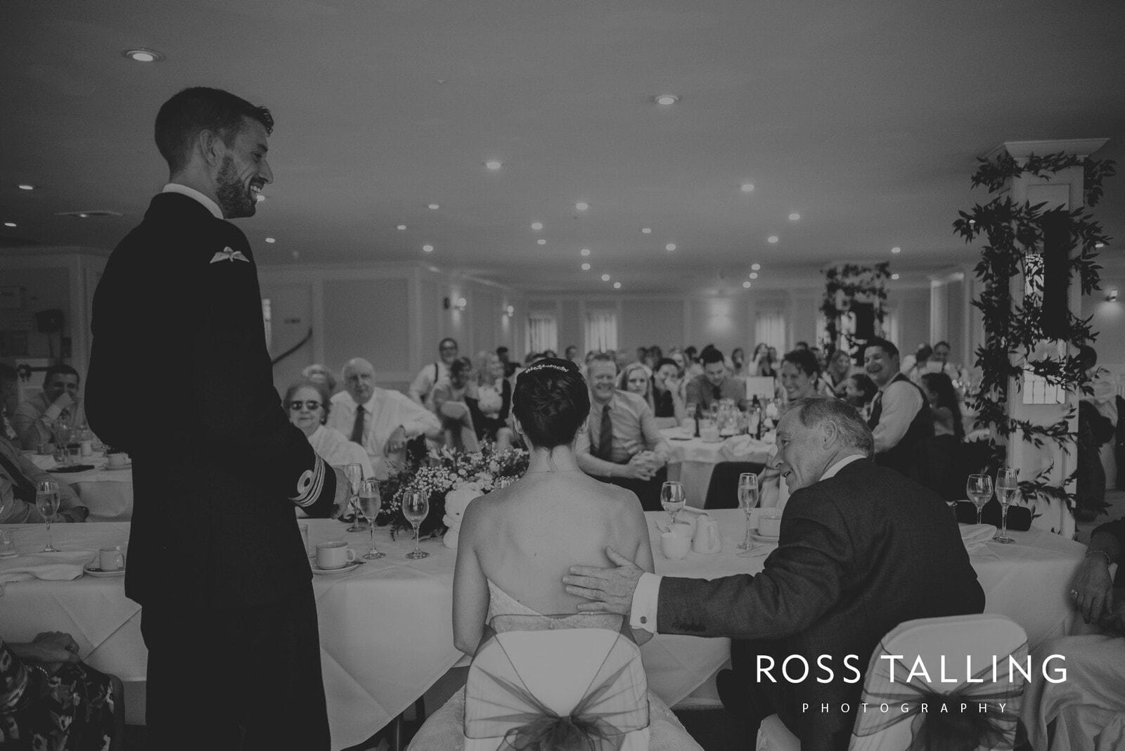 lorrie-gareths-wedding-photography-cornwall_0127