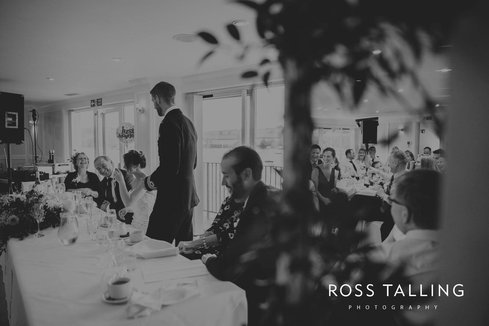 lorrie-gareths-wedding-photography-cornwall_0126