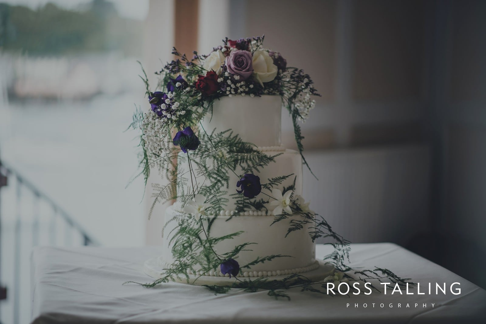 lorrie-gareths-wedding-photography-cornwall_0107