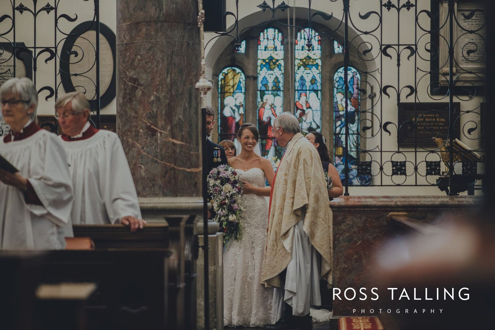 lorrie-gareths-wedding-photography-cornwall_0091