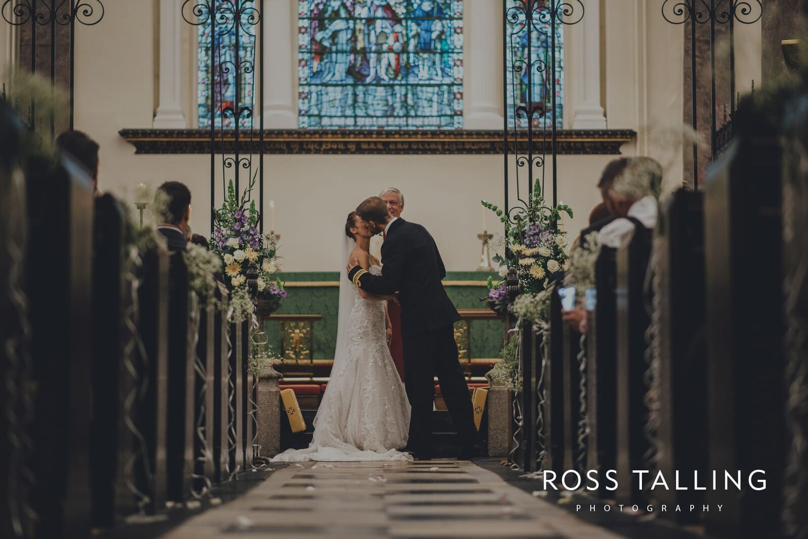 lorrie-gareths-wedding-photography-cornwall_0083