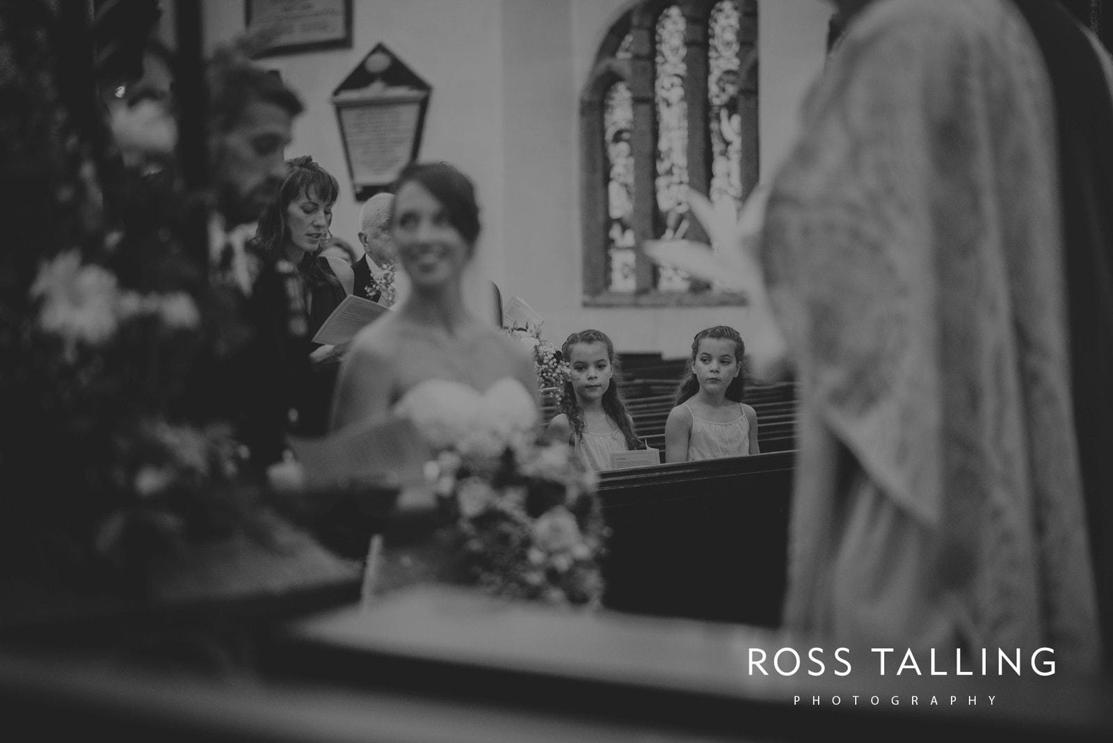 lorrie-gareths-wedding-photography-cornwall_0077