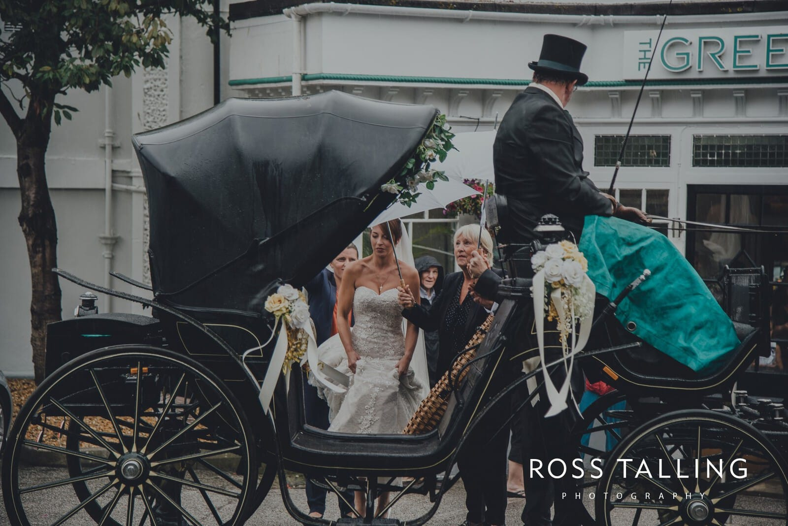 lorrie-gareths-wedding-photography-cornwall_0061