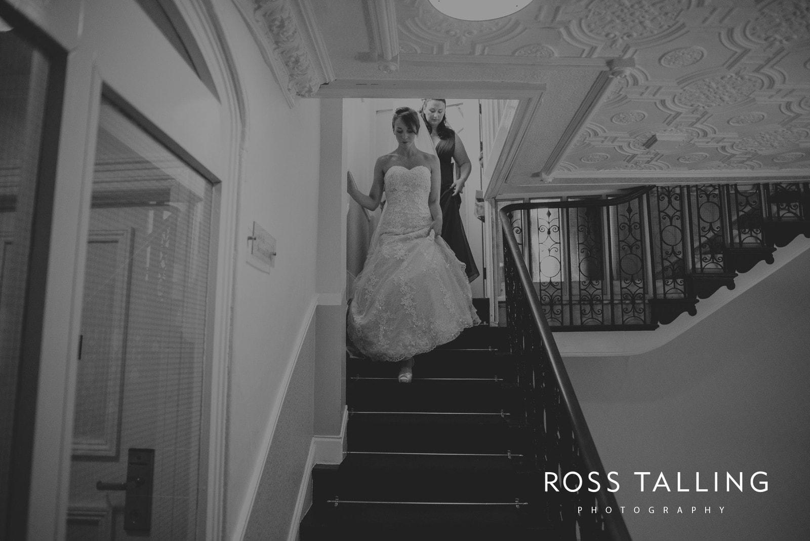 lorrie-gareths-wedding-photography-cornwall_0057
