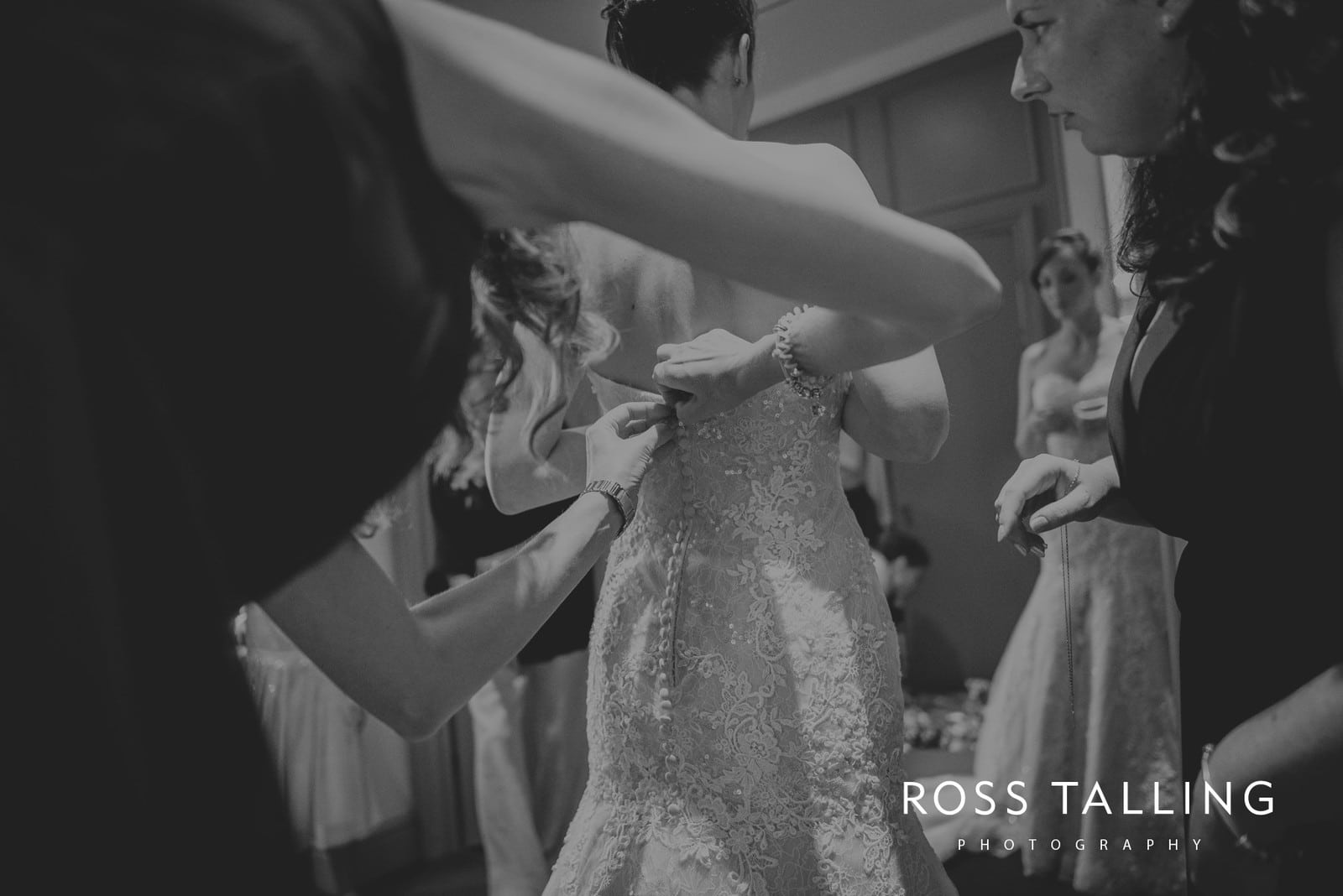 lorrie-gareths-wedding-photography-cornwall_0046