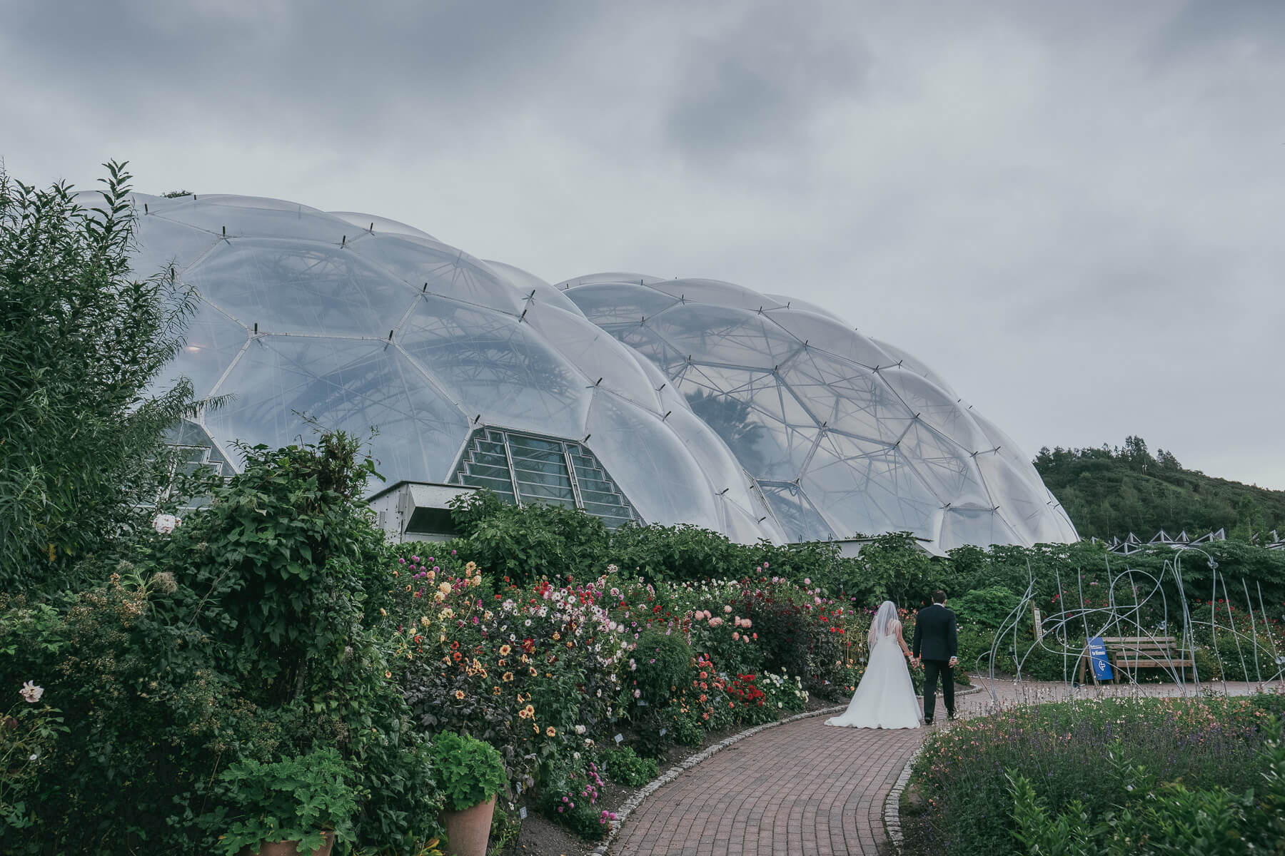 Eden Project Wedding Photography – Emma & Geoffrey